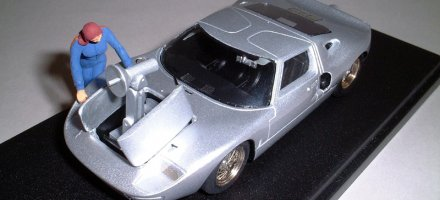 gt40-speciale-the-avengers