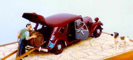 citroen-traction-rouge